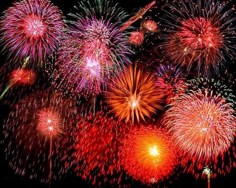 fireworks-1-715929.jpg