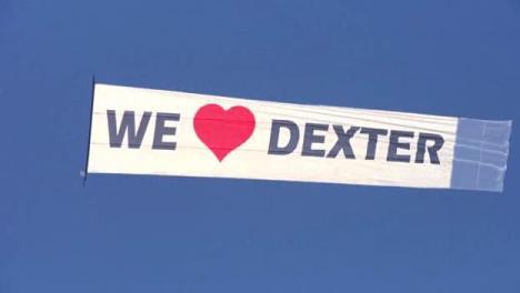 dexter_1x121.jpg